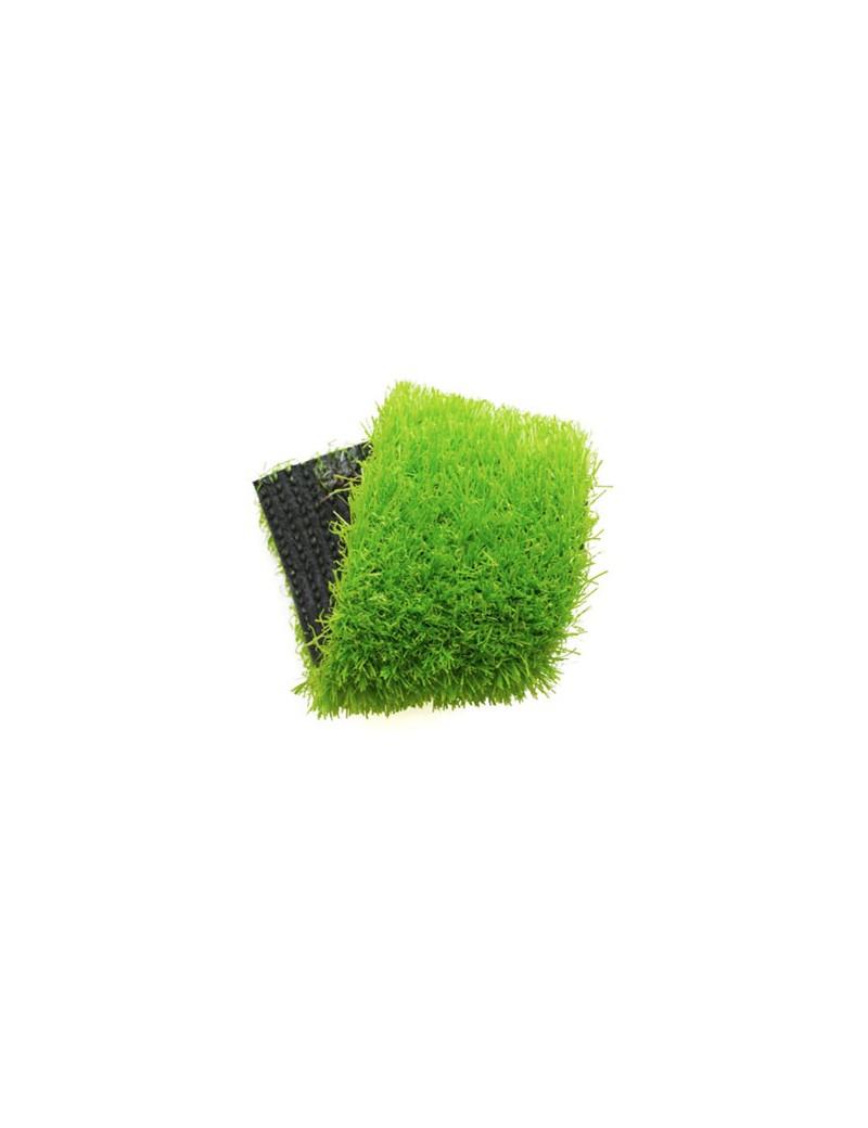 Gazon synthétique vert pour votre jardin et tours de piscine à Nîmes dans  le Gard