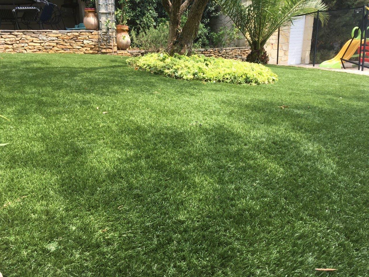gazon synthétique Réality 39 mm pour jardin