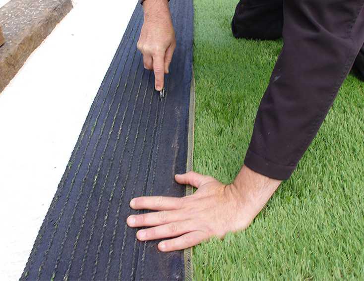 Pose de pelouse artificielle dans le département de l'Ain
