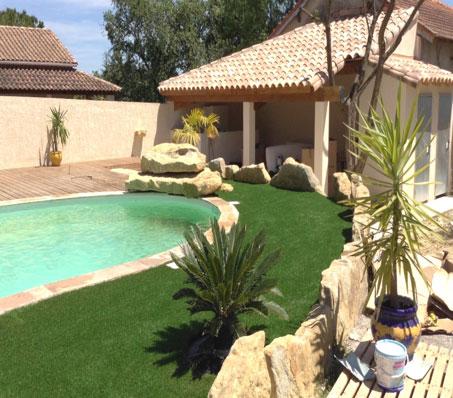 gazon synthétique jardin à Narbonne dans le département de l'Aude